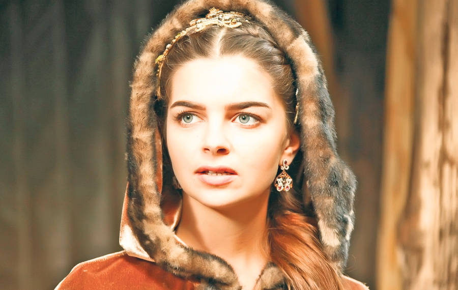 vedete-Pelin-Karanah-rol-Mihrimah-fiica-sultanului_f2ff61d5bb