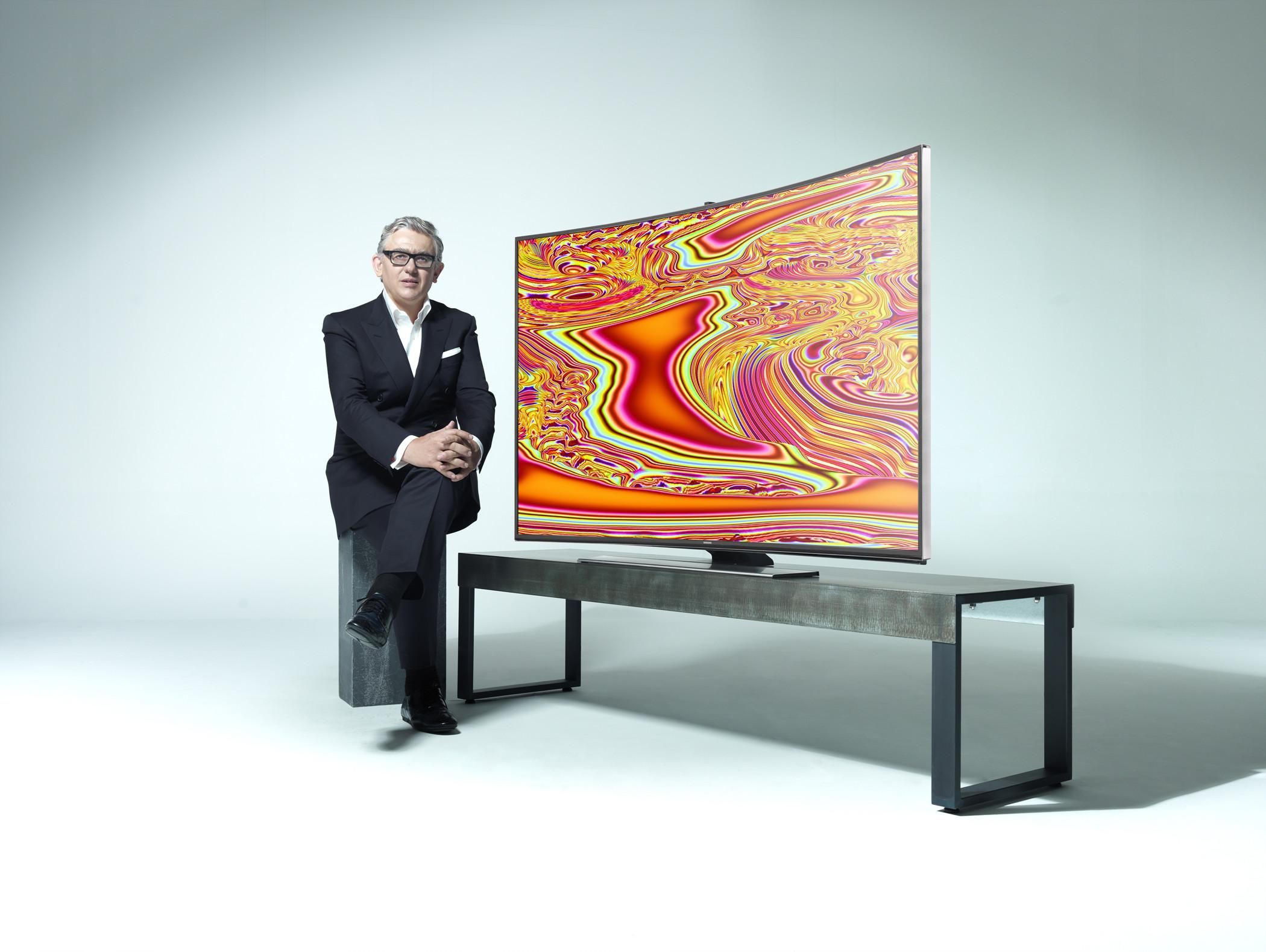 Samsung Electronics lansează gama Total Curved Solutions la IFA 2014
