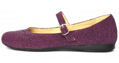 Pantofi pentru copii din magazinul Pantofiorul Fermecat