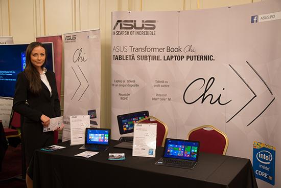 Dispozitivele 2-in-1 ASUS Transformer Book Chi au fost prezentate la Ziua Comunicațiilor 2015