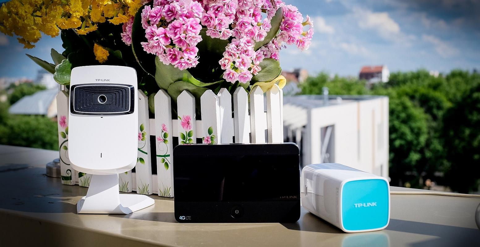 Router-ul mobil TP-LINK M7350 și camera cloud TP-LINK NC200, cele mai utile gadget-uri pentru o vacanță reușită