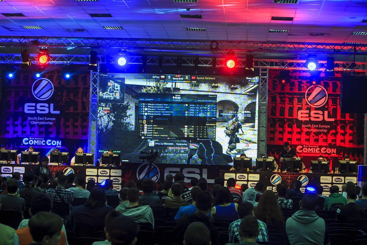 Cea mai mare ediție East European Comic Con s-a încheiat Urmează Comic Con 2016