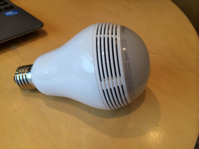 MiPow PLAYBULB – review