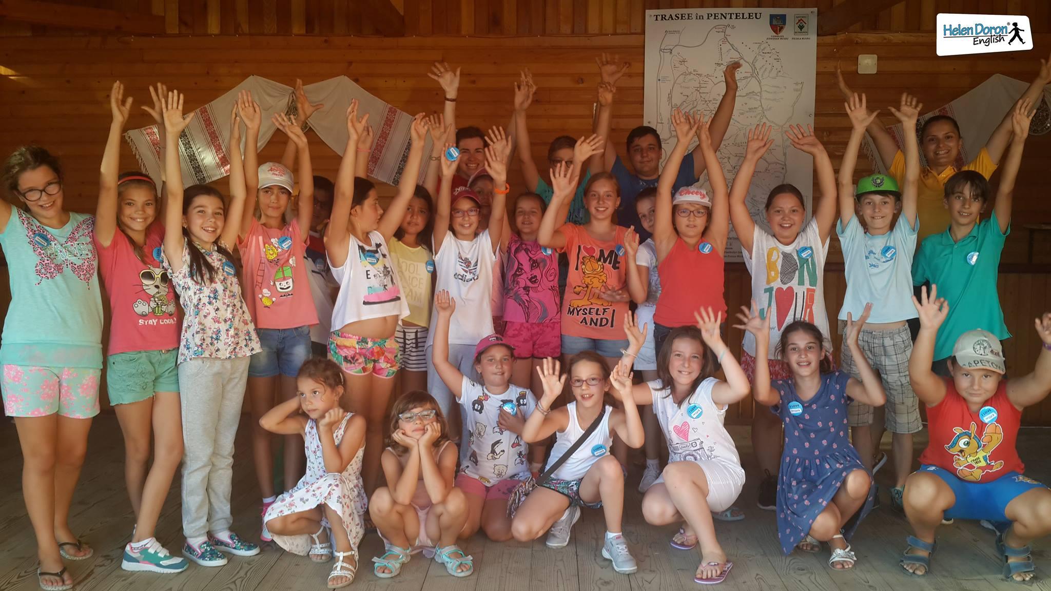 Vara aceasta, peste 100 de copii s-au distrat pe valuri de engleză