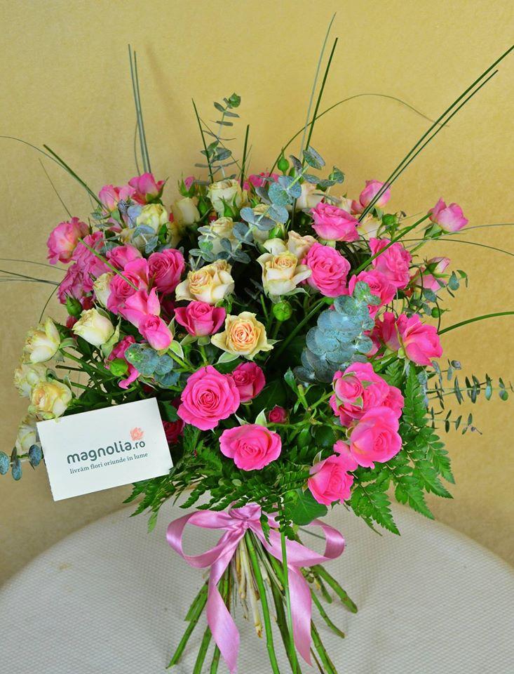 Florăriile Magnolia își listează produsele în eMAG Marketplace. Acum e mai ușor ca niciodată să dăruiești flori