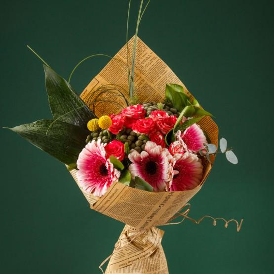 Stii ce presupune un aranjament floral? Afla mai multe de la adevaratii maestri florari!