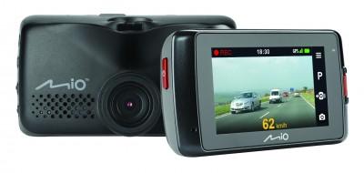Mio lansează MiVue 688 și MiVue 698 Dual, primul echipament video cu două camere, pentru o mai bună siguranță în trafic