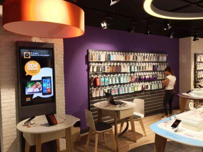 Orange deschide un nou smart store în București