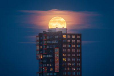 Camerele Sony surprind imagini spectaculoase ale unui fenomen astronomic rar: Super Luna