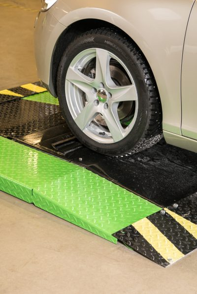 """Nokian Tyres lansează serviciul """"SnapSkan"""" pentru scanarea anvelopelor cu scopul îmbunătățirii siguranței traficului pentru milioane de oameni"""
