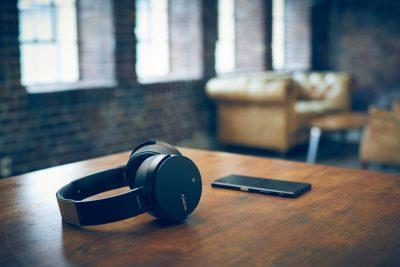 Sony extinde gama audio cu șase noi modele de boxe și căști wireless EXTRA BASS™