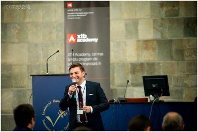 """XTB România organizează cel mai complex eveniment de trading din țară: """"Perspective investiționale în 2017 și Live Trading"""""""