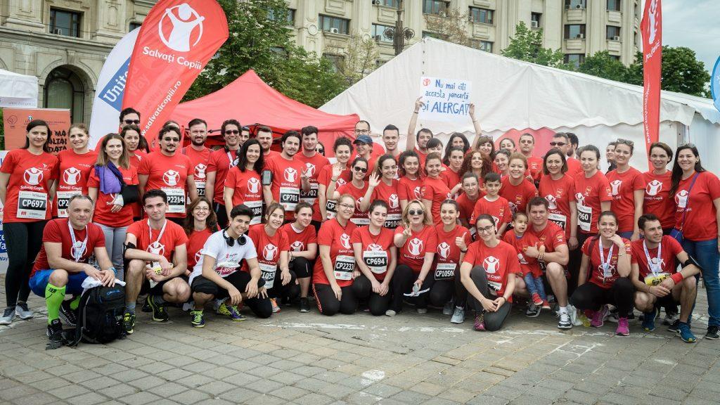 Peste 100.000 de lei au fost strânși de echipa Salvați Copiii, la semi-maratonul București. Fondurile vor ajunge la Maternitatea Bucur din Capitală