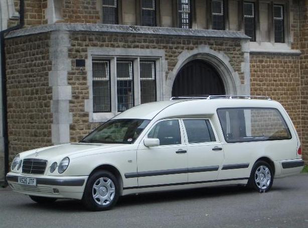 Repatrierea decedatilor si transportul funerar international