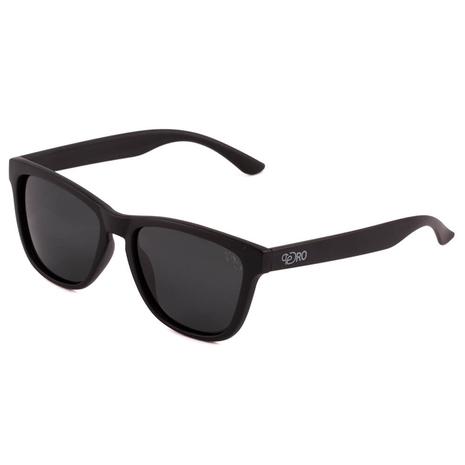 La ce sa fiu atent/a cand imi aleg ochelarii de soare