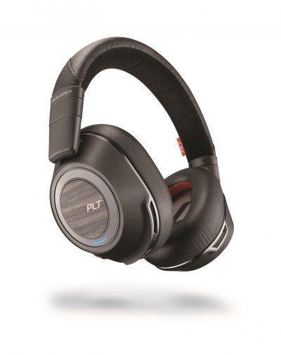 Incintă acustică la purtător cu noile căști audio Plantronics Voyager 8200 UC Bluetooth®