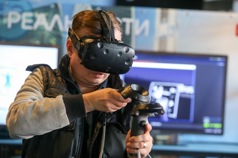 Utilizatorii se asteapta ca AR si VR sa se imbine cu realitatea