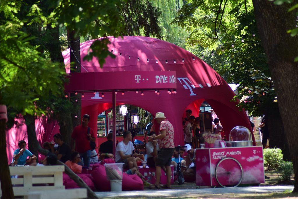 Peste 100.000 de conectări gratuite prin serviciul Wi-Fi oferit de Telekom în cadrul festivalului Untold