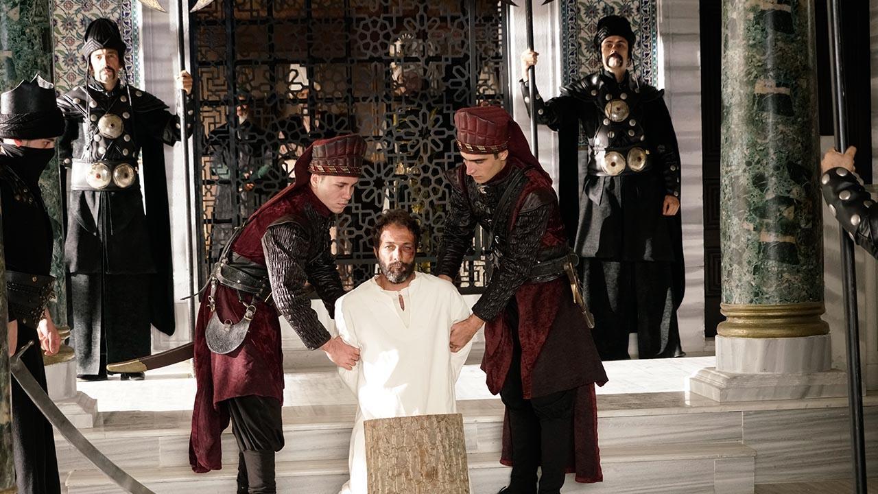 Эротический фильм средневековье отказался