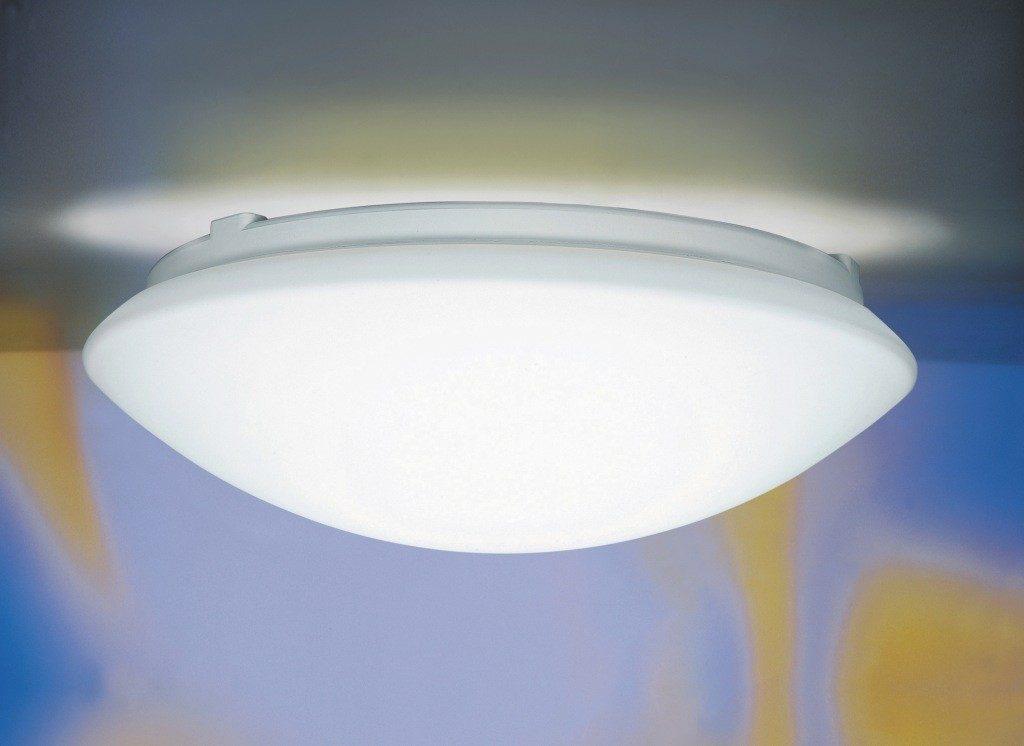 Am testat lampa cu senzor de miscare Steinel RS 16
