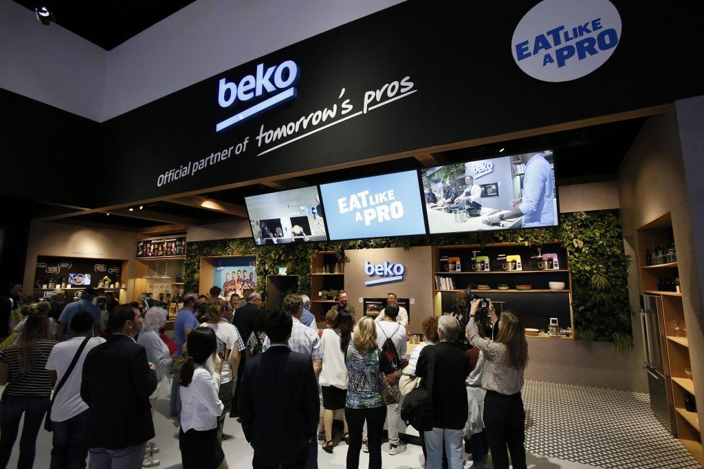 Beko lanseaza noi tehnologii si anunta o noua initiativa în parteneriat cu FC Barcelona pentru 2018