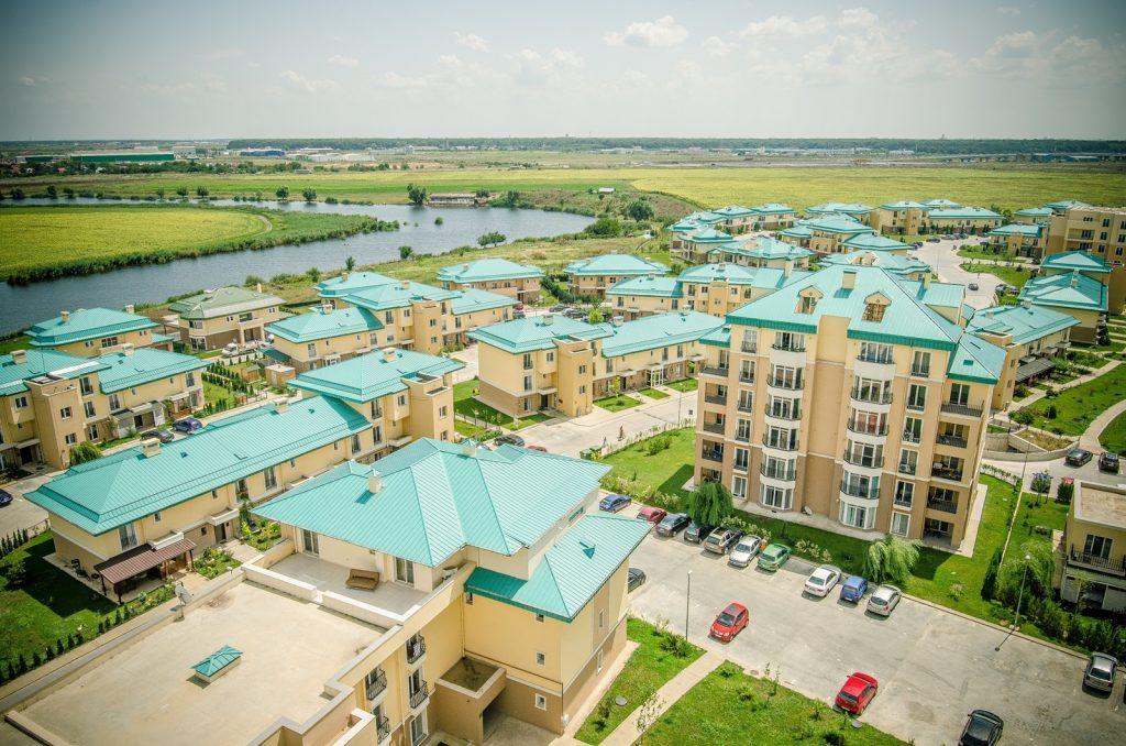 Complexul rezidențial Cosmopolis aniversează 10 ani și ajunge la un număr de peste 6.700 de rezidenți
