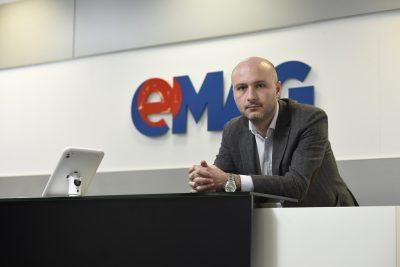 """530 de mici producători români vând online prin programul eMAG """"Deschide România"""""""