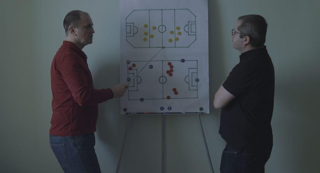 Fotbal infinit,comedia lui Corneliu Porumboiu despre fotbal și condiția umană, are astăzi premiera mondială la Berlin