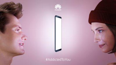 Huawei lansează campania de Valentine's Day #Addictedtoyou