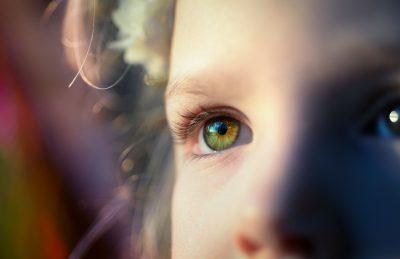 Lentilele de contact – Cea mai indicată alegere pentru copiii cu probleme de vedere
