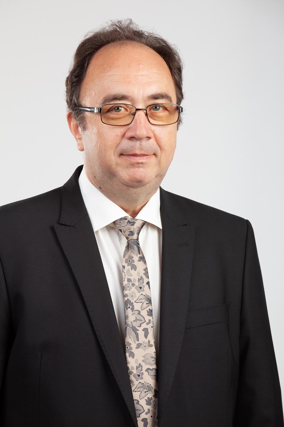 Sunimprof Rottaprint, cel mai mare producător de etichete autoadezive din România, estimează o creștere de 12% a exporturilor în 2018