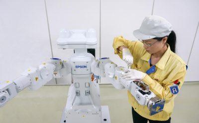 Epson inaugurează o nouă linie de asamblare a roboților la Fabrica Toyoshina