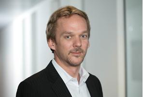 MOOG® anunță la Automechanika Frankfurt lansarea unei noi tehnologii inovatoare și creșterea capacității europene de producție  Noua tehnologie oferă un plus de siguranță, calitate, confort și durabilitate și marchează începutul unei etape puternice de rebranding pentru specialistul în direcție și suspensie