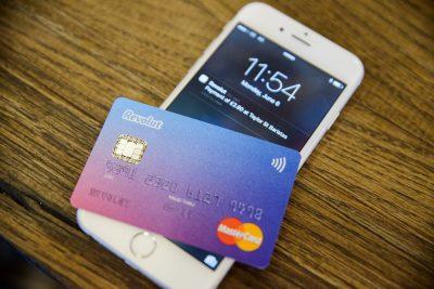 Revolut sărbătorește 75.000 de utilizatori în România lansând versiunea în limba română a aplicației și oferind carduri gratuite tuturor utilizatorilor
