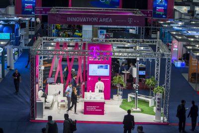 Telekom Romania, partener principal pentru al şaptelea an consecutiv la Internet & Mobile World va prezenta soluţii de smart mobility şi smart education în cadrul ediţiei din 2018