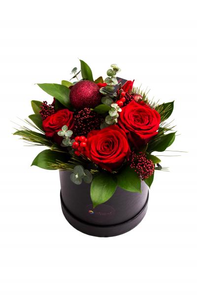 Parfum de sărbătoare și un strop de glam – ingredientele cheie în colecția de Crăciun FlorariaMobila.ro
